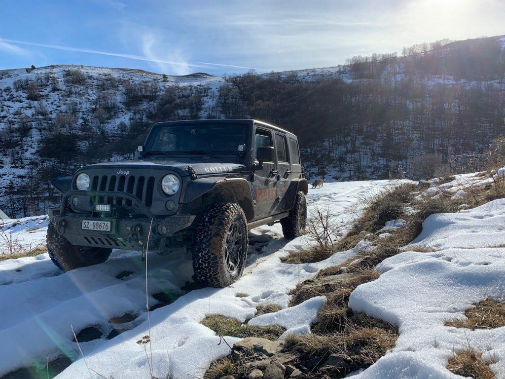 Offroad auf Schnee und Eis, ein Aussichtsplateau mit Rundumsicht