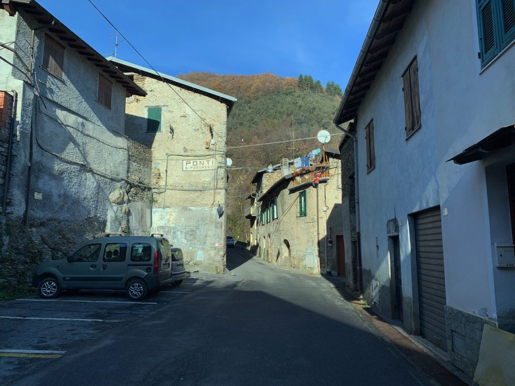Ponti, ein ligurisches Dorf in den Bergen