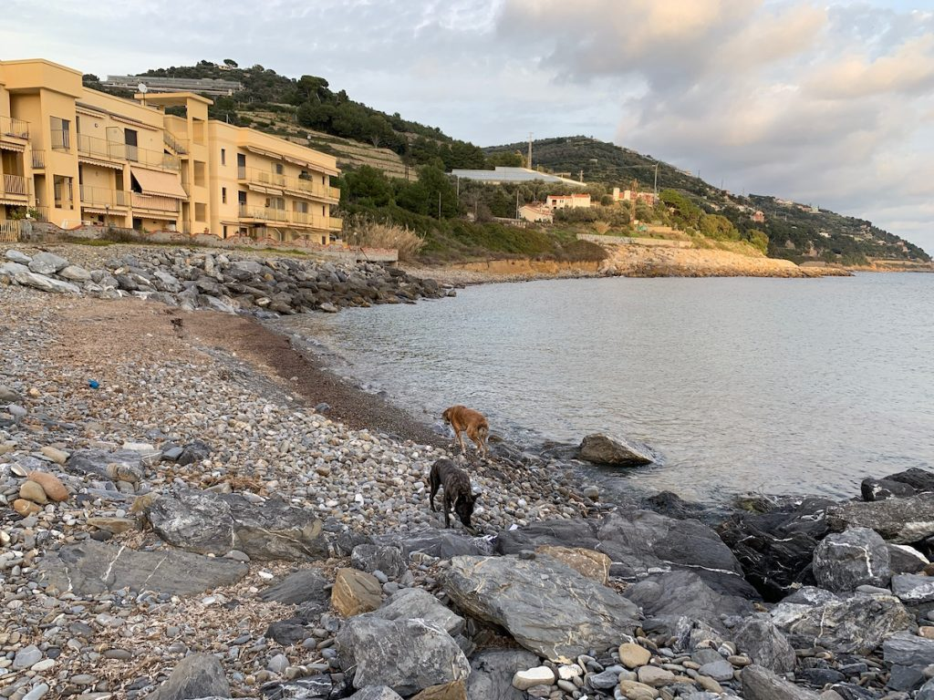 Am Meer in San Lorenzo al Mare