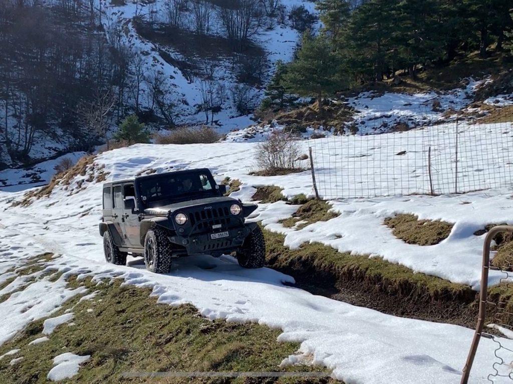Offroad auf Schnee und Eis, Ankunft am Aussichtsplateau