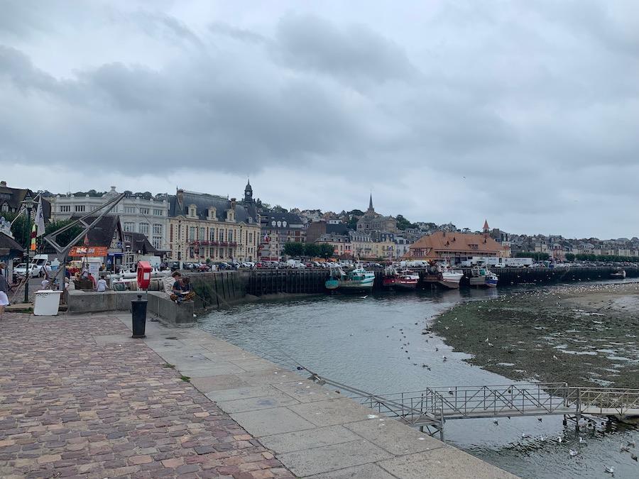 Trouville-sur-Mer bei Ebbe