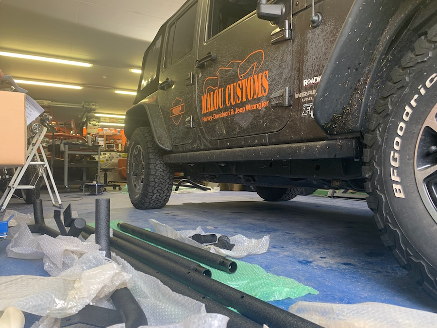 Preparation for the mounting of the Smittybilt SRC Roof Rack